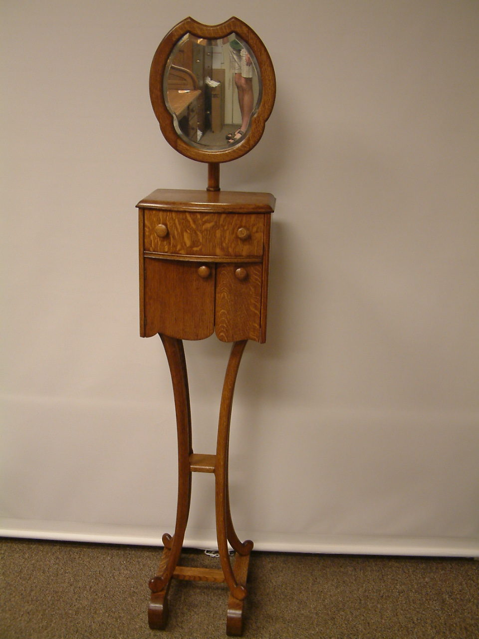 Oak Shaving Stand with swivel mirror