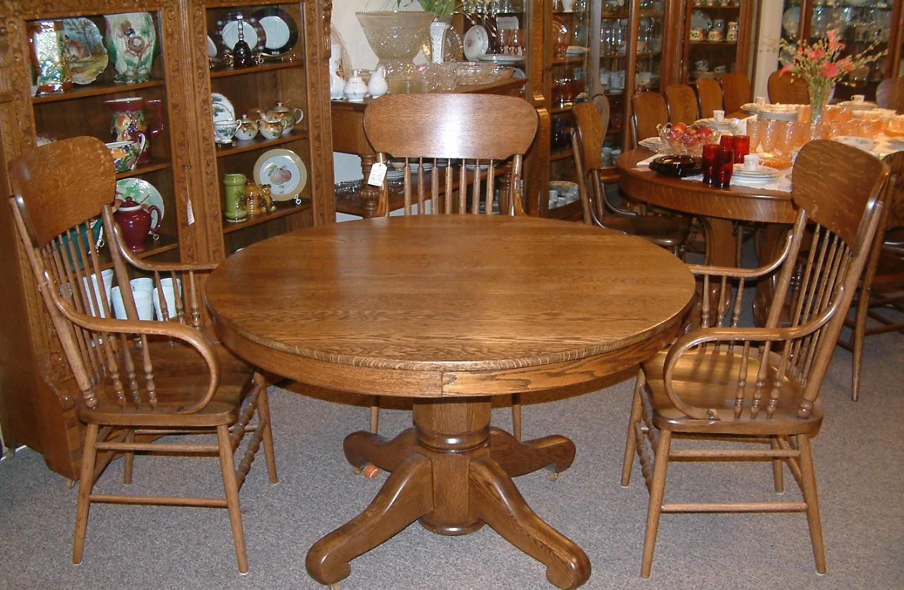 Oak Breakfast Room Dining Table