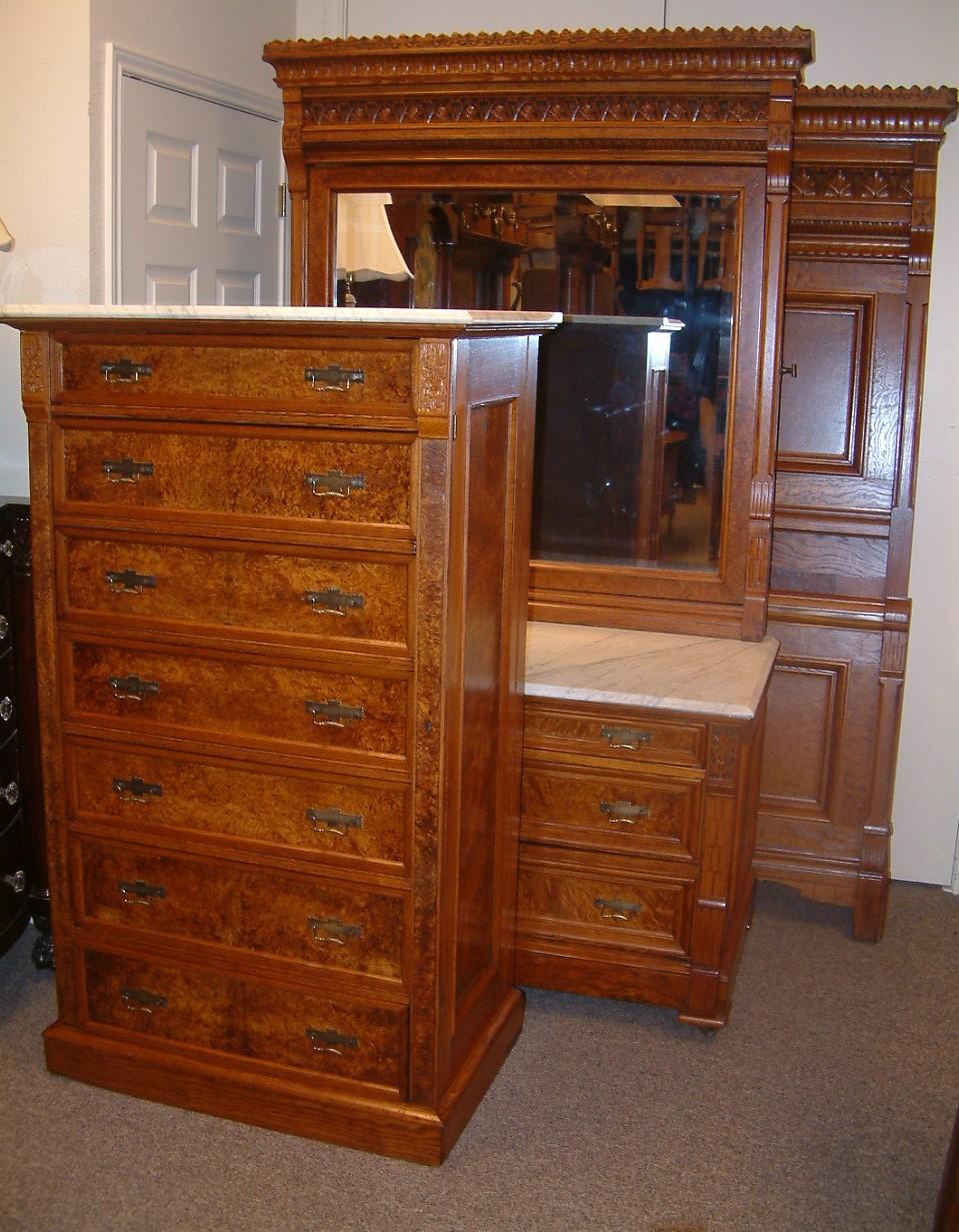 Eastlake Chestnut 3 piece Bedroom Set